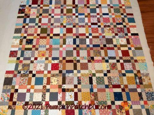 Renate's Scrap Quilt Variation