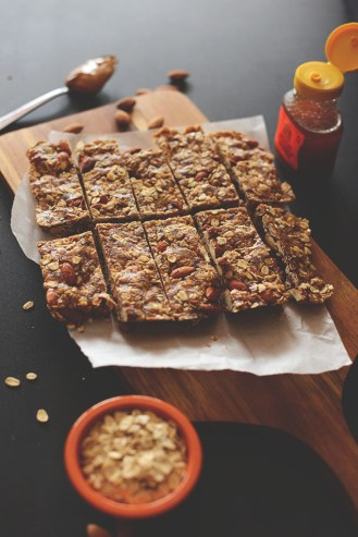 Healthy-Easy-Granola-Bars-JUST-FIVE-INGREDIENTS