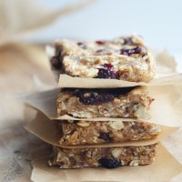 No-Bake Chewy Granola Protein Bars