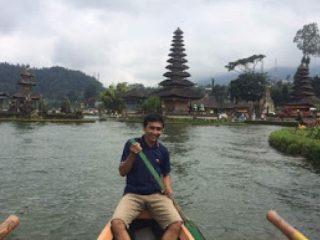 Asiknya Menyusuri Danau Beratan Bedugul Bali