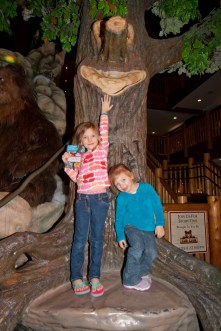 Ariella and Cambree at Great Wolf Lodge
