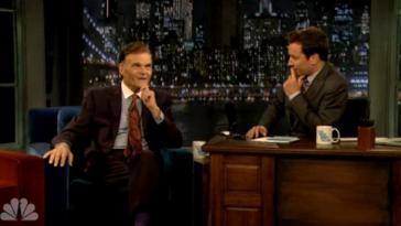 Fred Willard Makes Penis Jokes on Late Night With Jimmy Fallon
