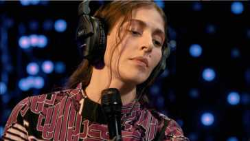 Caroline Polachek – Full Performance (Live on KEXP)