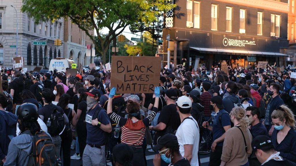Looting and Shooting in Manhattan After Peaceful Protest in Brooklyn