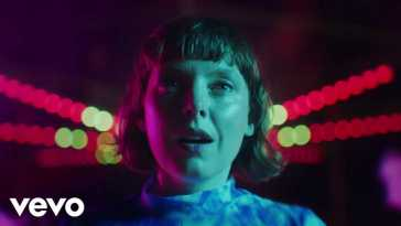 Sylvan Esso – Ferris Wheel (Official Music Video)