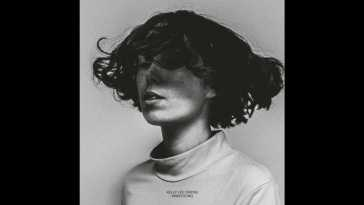 Kelly Lee Owens – Wake-Up