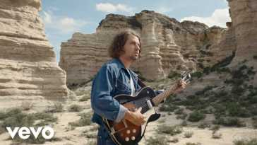 Kevin Morby – Campfire (Official Video)