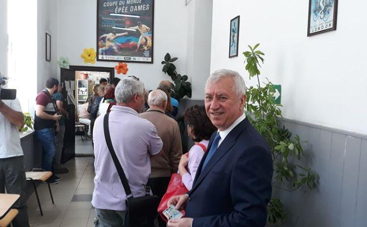 Președintele Ion Prioteasa a stat la coadă ca să voteze: De data aceasta am avut un stindard al nostru după care ne-am condus