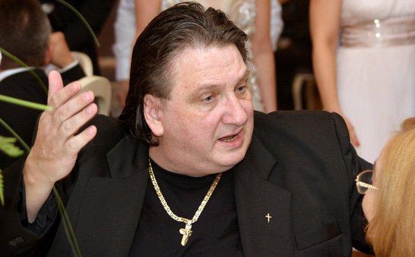 Un singur consilier local a fost împotriva retragerii titlului de cetățean de onoare caricaturistului Stefan Popa  Popa's