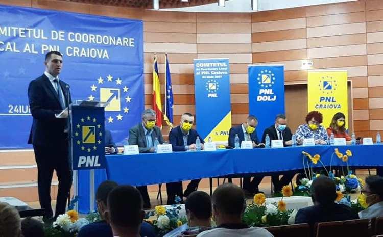 Marian Vasile: Faptul că nu am contracandidat la funcţia de preşedinte al PNL Craiova denotă o bună colaborare în familia liberală