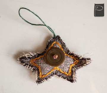 textile_oralments_xmas_handmade_wooden_pearls_7