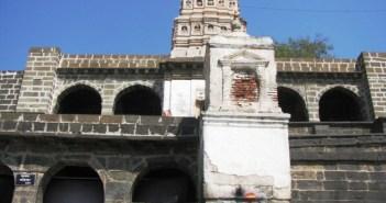 Gomukha Temple - Lonar