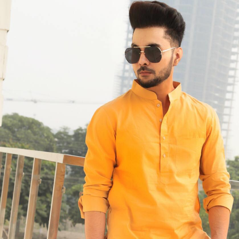 B Jay Randhawa (Anchor) Height, Weight, Age, Affairs, Biography