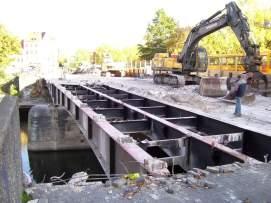 Abriss der Benno-Ohnesorg-Brücke