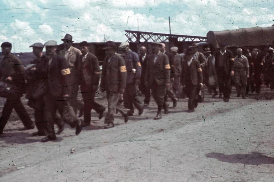 Újvidék, munkaszolgálatosok, 1944. holokausztfoto.hu