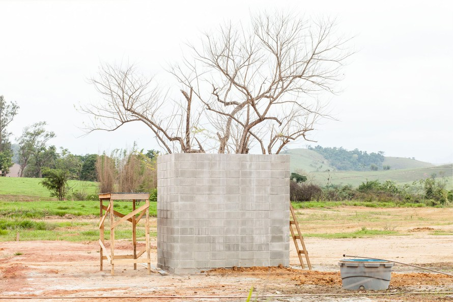 Bruno Veiga: Cidades Dispersas, 2016. A TOBE Gallery jóvoltából