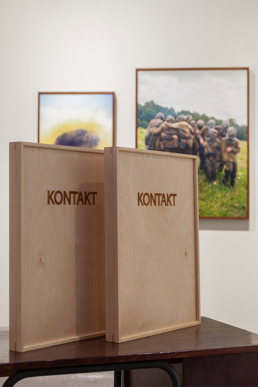 Bartha Máté: Kontakt, enteriőr. Paris Photo, a TOBE  Gallery standja. Fotó: TOBE