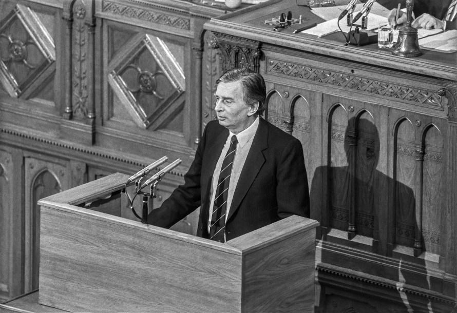 """Szigeti Tamás: """"30 éve"""", Országgyűlés, Antall József miniszterelnök, 1990. 05. 02. © Szigeti Tamás"""