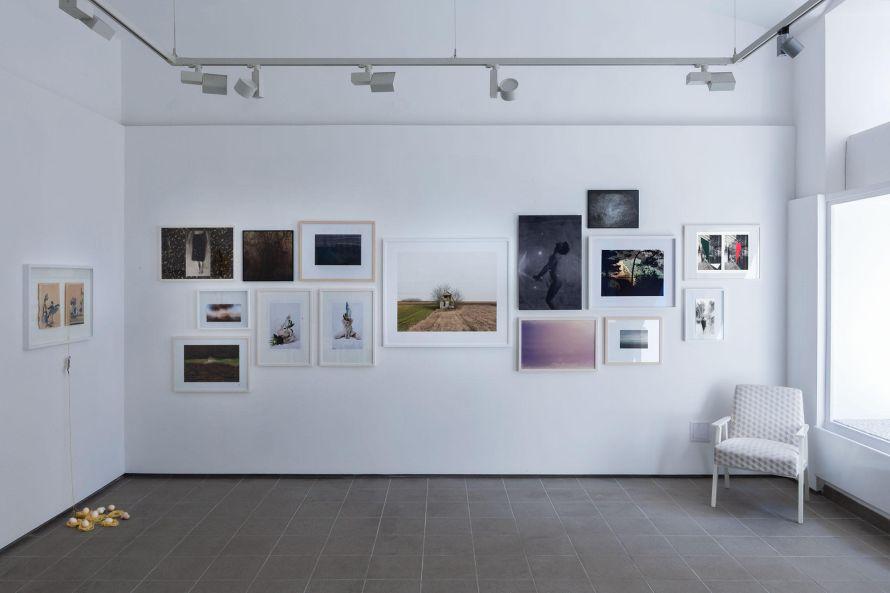Enteriőrkép a TOBE kiállításáról. Fotó: TOBE Gallery