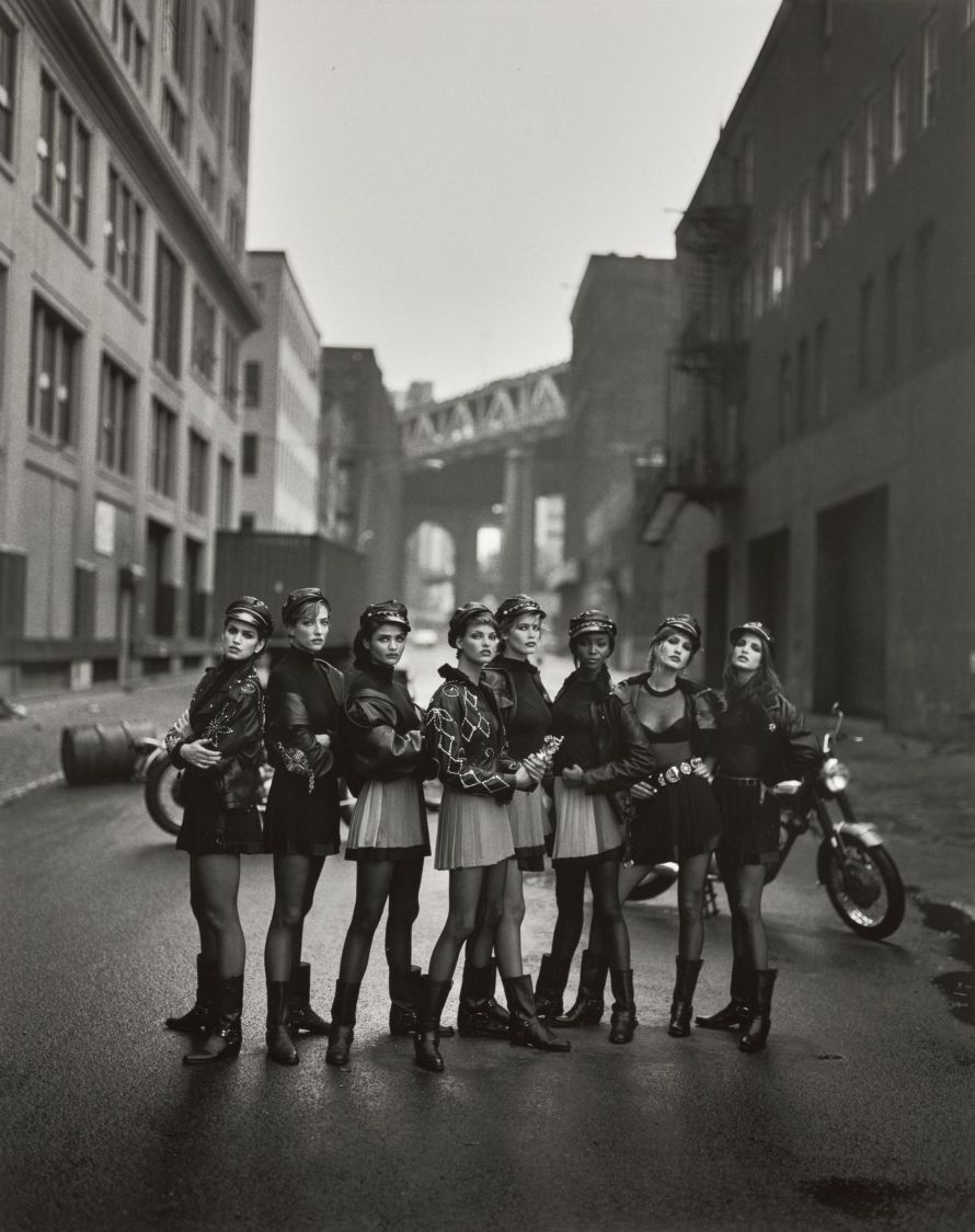 Fotó: <b>Peter Lindbergh</b>:<br> <i>The Wild Ones</i><br> Courtesy of Sotheby's<br>