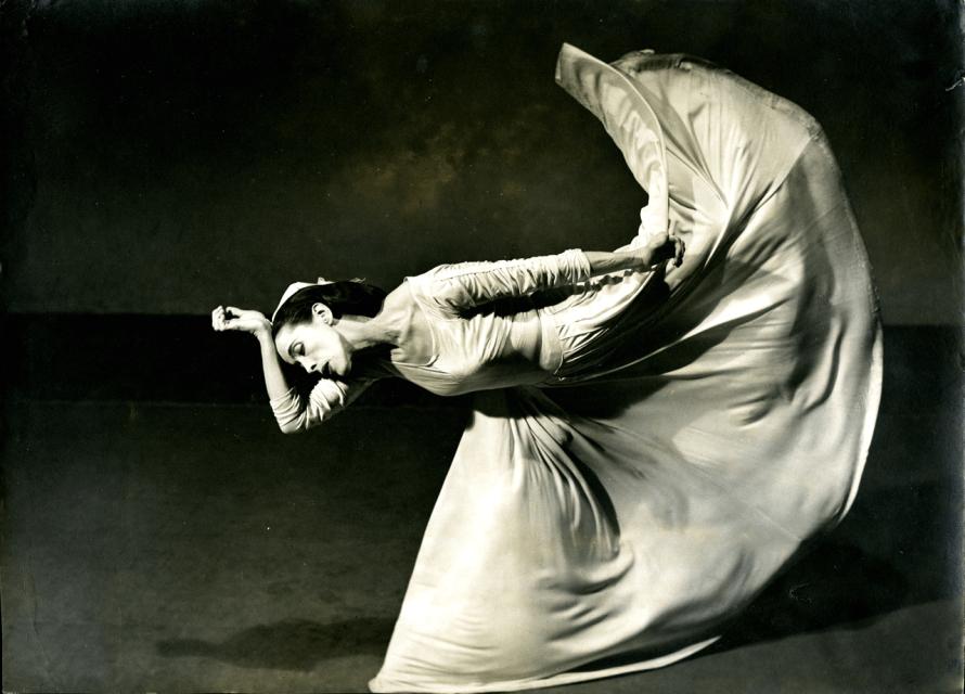 Fotó: <b>Barbara Morgan</b>: Martha Graham - Letter to the World - The Kick, 1940 ©