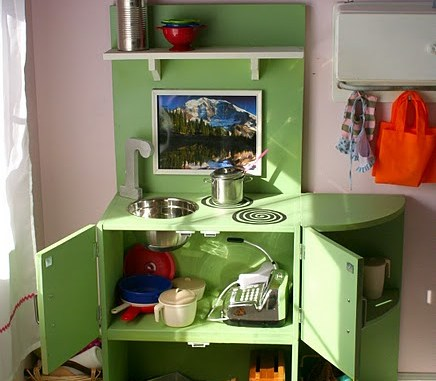 See some great ideas for some kids play kitchens!