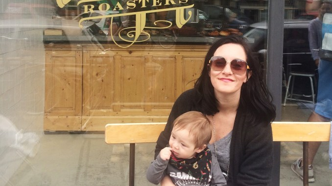 Travelling with a baby doesn't need to be difficult. Read how Paul took her baby on a trip to Amsterdam and packed light with only one bag.