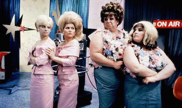 Hairspray Movie Review as mentioned in The Gilmore Girls