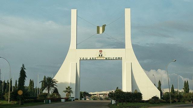 The 1001 gates of Nigerian democracy