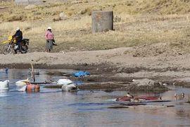 Recolectaron una tonelada de basura en las riberas del río Ilave en Puno