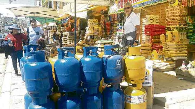 Dirigentes dicen que buscan truncar importación del gas