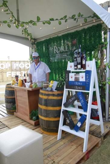 Exhibición de ron Roble Viejo