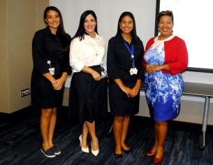 Jessica Rizik, Gerente Senior de Relaciones Públicas y Comunicaciones, junto a colaboradoras y Milka Hernandez, encargada de Turismo Interno MITUR