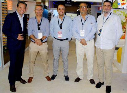 Daniel Ferrá, Grupo Lifestyle; Enrique Martinón, Grumasa; Alex Zozaya, CEO de Apple Leisure Group; Artur Cabrer, Director NH y Xabier Pacios Fernández, Director RD de Hospiten