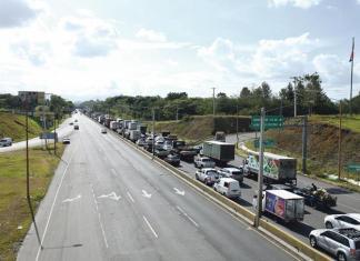 Visitantes en cuarentena. Imagen: Raul Asencio. Listin Diario