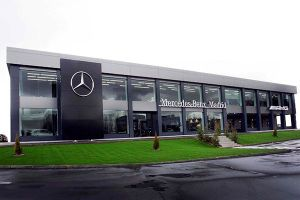 Fachada Mercedes-Benz Madrid Flagship Store - PUNTA TACÓN TV