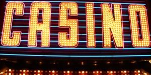 Casino Bonus Bagging -- Does It Work? Is It Worth The Risk? (Casino Bonus Hunting)