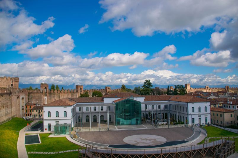 arena spettacoli nel centro storico medievale di cittadella