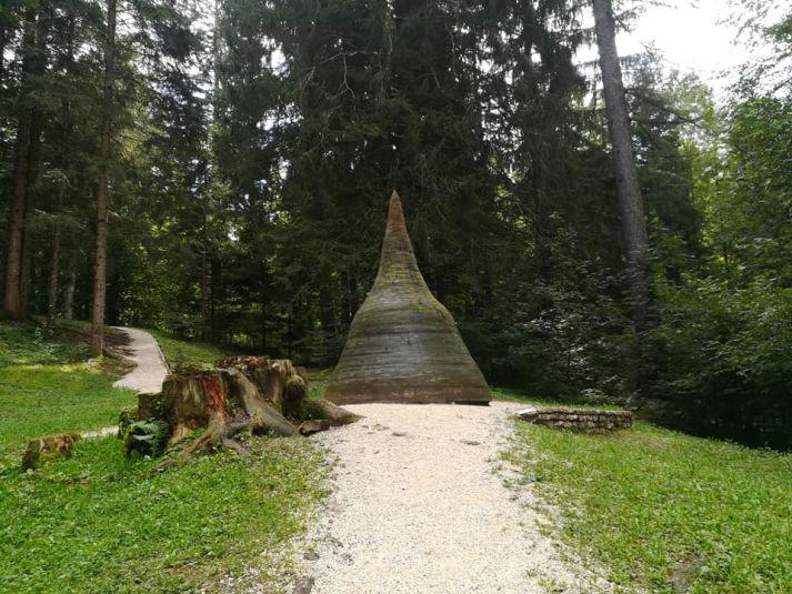 campana lungo il percorso