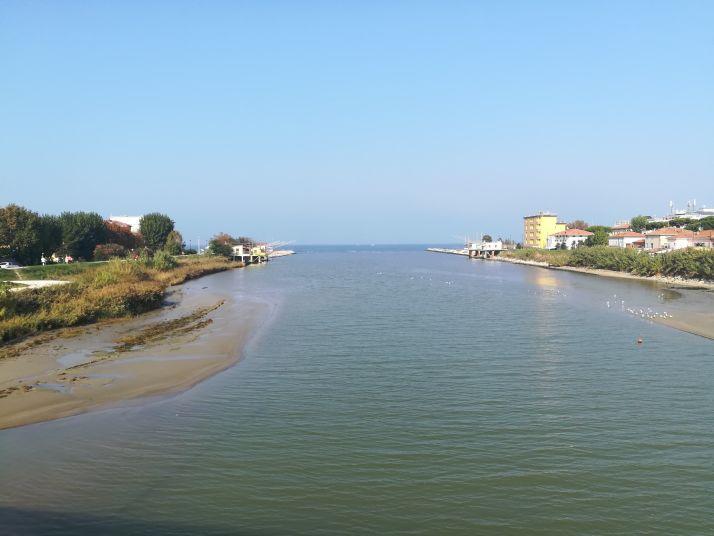 Imbocco del fiume sul mare