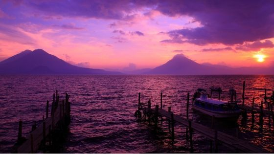 immagine del lago atitlan per la mini guida del guatemala