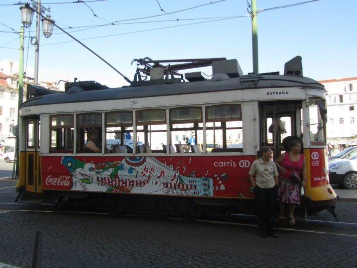 Tram a Lisbona (alfabeto del viaggiatore)