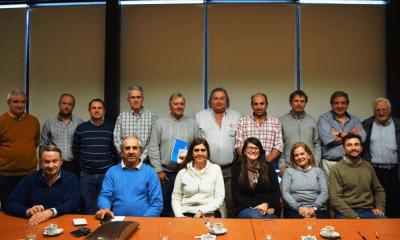 Los integrantes firmaron el acta de constitución con el Ministerio de Agricultura y Ganadería.
