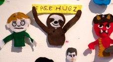 puppet-a-go-go-free-hugs