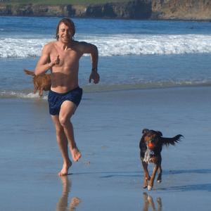 Sean-Gordy-beach-run with dog
