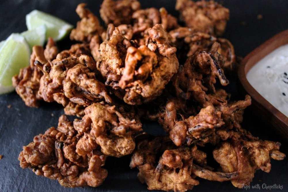 Chicken Pakoras with Creamy Coconut Dip