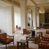 アストンカアナパリショアズホテルのエントランスの写真