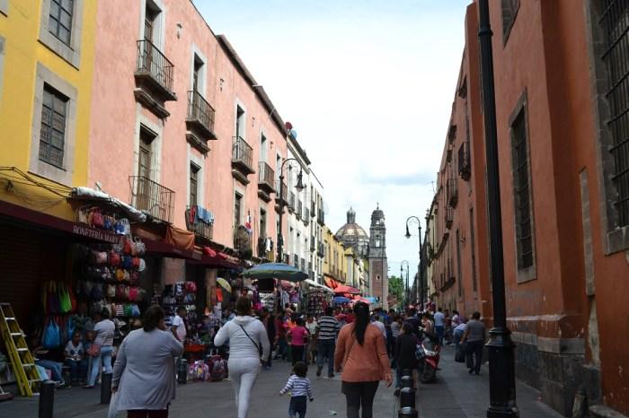 メキシコシティの町並み(お店)の写真