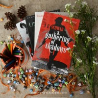 Review: A Gathering of Shadows // A Brilliant Sequel to an Incredible Story!