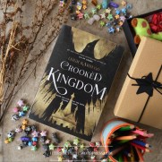 sparkling-letters-book-blog-review-crooked-kingdom-by-leigh-bardugo-3